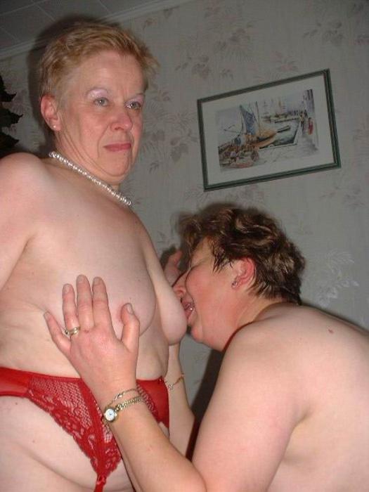British lesbian granny gets licked